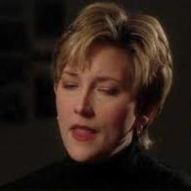 Debbie Morris Headshot