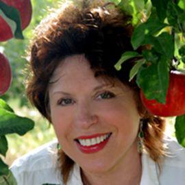 Kathie FitzPatrick Headshot
