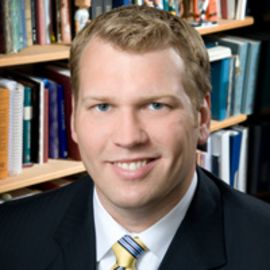Chris Nowinski Headshot