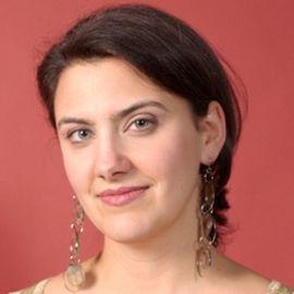 Jensine Larsen Headshot