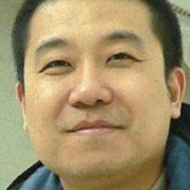 Simon Zhao Lv Headshot