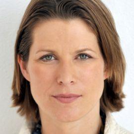 Stephanie Flanders Headshot