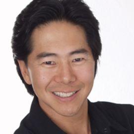 Henry Cho Headshot