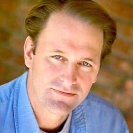 Michael Ruhlman Headshot