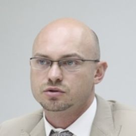 Andrei Lobatch Headshot
