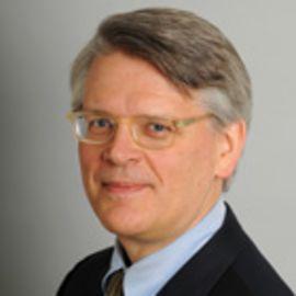 Thomas R. Eisenmann Headshot