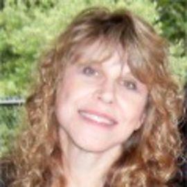 Susan J. Elliott, J.D., M.Ed. Headshot