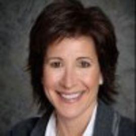 Paula Silver Headshot