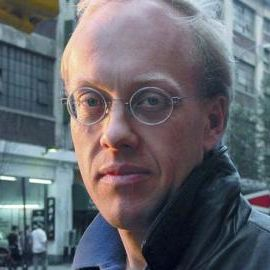 Chris Hedges Headshot