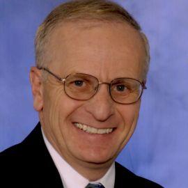 Dr. R. Paul Williamson Headshot