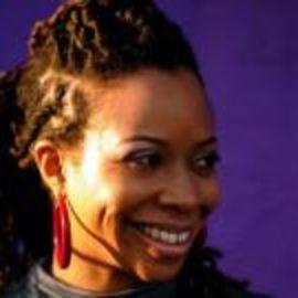 Thea Monyee Headshot