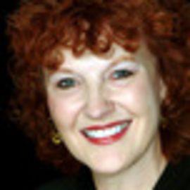 Linda Henley-Smith Headshot