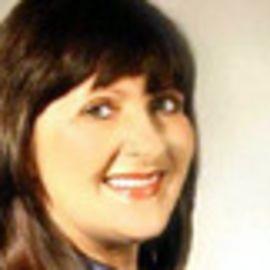 Annie Greeff Headshot