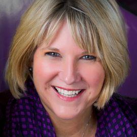 Lori La Bey Headshot