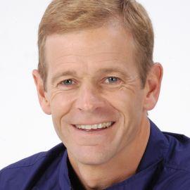 Peter Vidmar Headshot