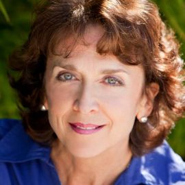 Rita Murray Headshot