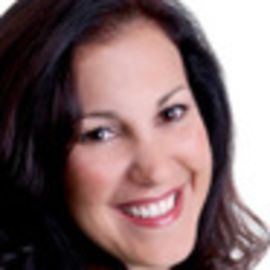 Lisa Montanaro Headshot