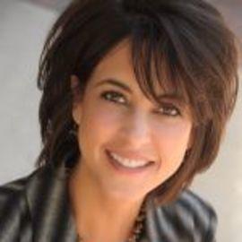 Sara Canaday Headshot
