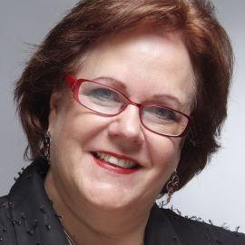Linda Guirey Headshot