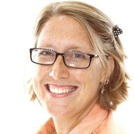 Margot Starbuck Headshot