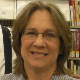 Tina Sansone Headshot