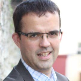 Alistair Gleave Headshot