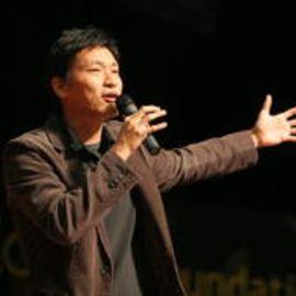 Glenn Lim Headshot