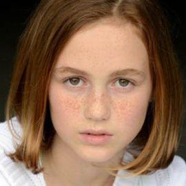 Madison Lintz Headshot