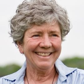 Mary Pipher Headshot