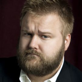 Robert Kirkman Headshot