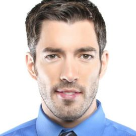 Drew Scott Headshot
