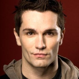 Sam Witwer Headshot