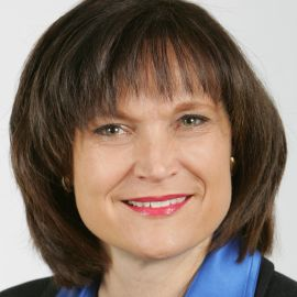 Kristin Arnold Headshot