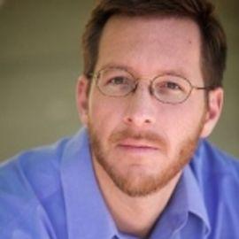 Andrew Carroll Headshot