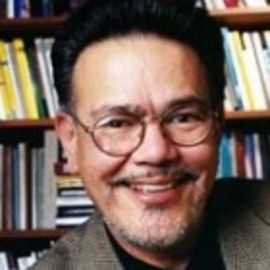Dr. Carlos Munoz, Jr Headshot