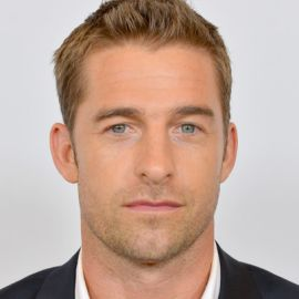 Scott Speedman Headshot