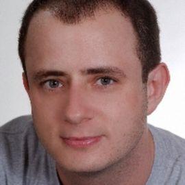 Eric Kripke Headshot