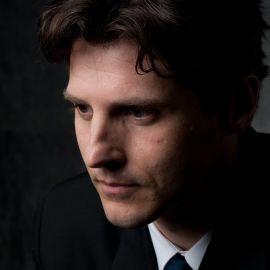 Steven Fischer Headshot