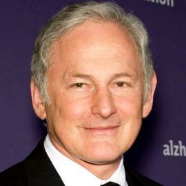 Victor Garber Headshot