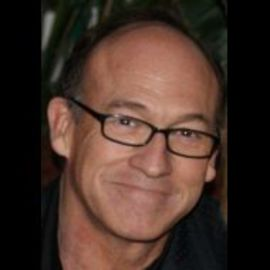 Chuck Russell Headshot