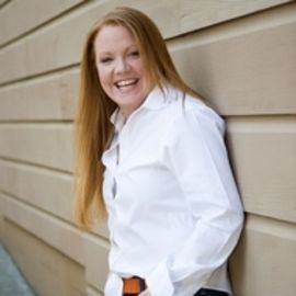 Tiffani Faison Headshot