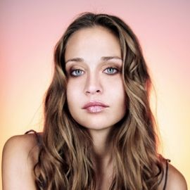 Fiona Apple Headshot