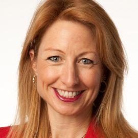Dr. Jackie Freiberg Headshot