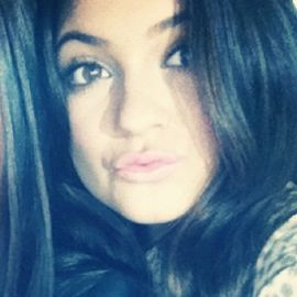 Kylie and Kendall Jenner Headshot