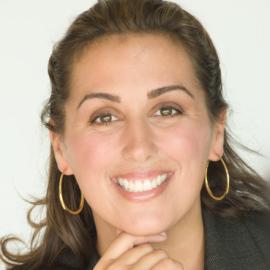 Nancy Solari Headshot