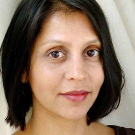 Sonia Shah Headshot