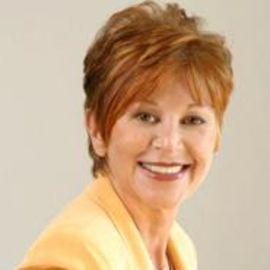 Sheila Warnock Headshot