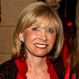 Sharon Bush Headshot