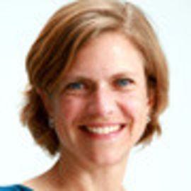 Kirsten Saenz Tobey Headshot