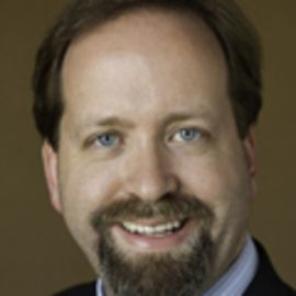 Kevin Klowden Headshot